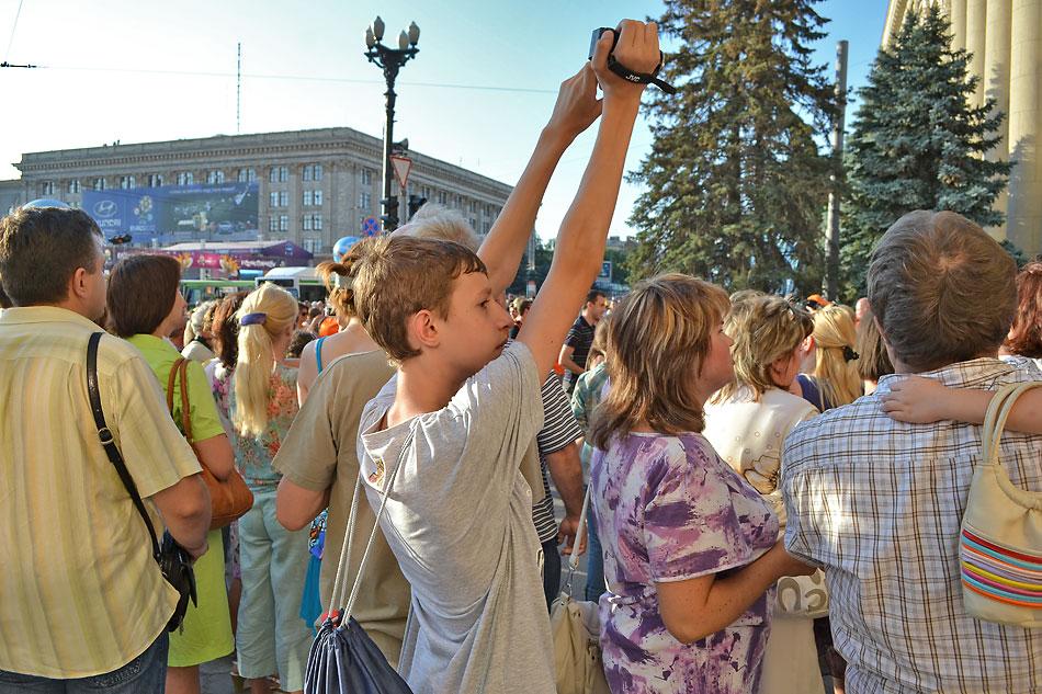 Евро 2012 по футболу. Харьков. 13 июня. Перед матчем Голландия - Германия - 101