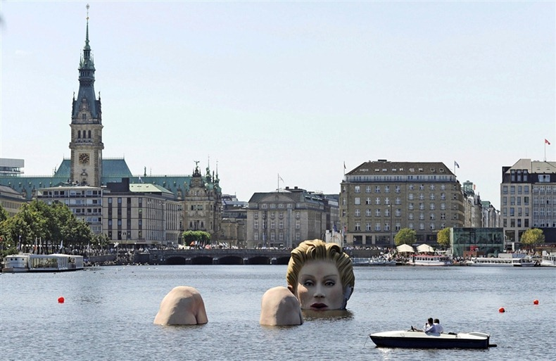 mermaid-alster-lake1
