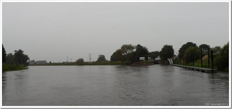 SAM_2571 Cranfleet Lock