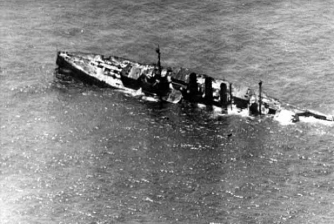 CC Photo Google Image Search Source is upload wikimedia org  Subject is SMS Ostfriesland sinking close