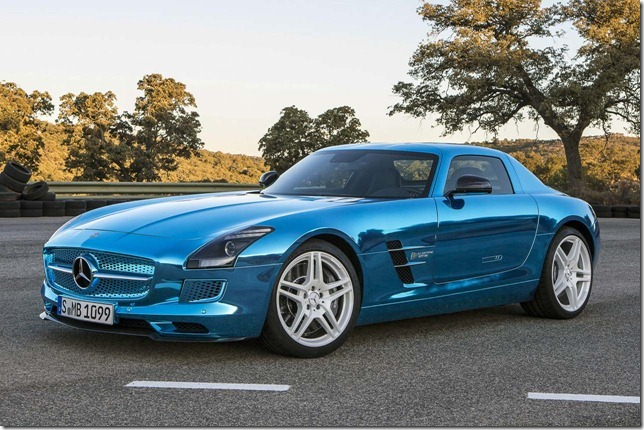 Mercedes-Benz-SLS-AMG-Electric-Drive-12