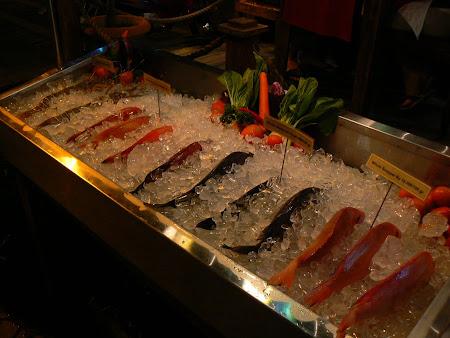 Bali restaurants: let's eat some fresh fish