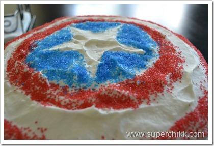 Superchikk Captain America or Striped Cake Tutorial