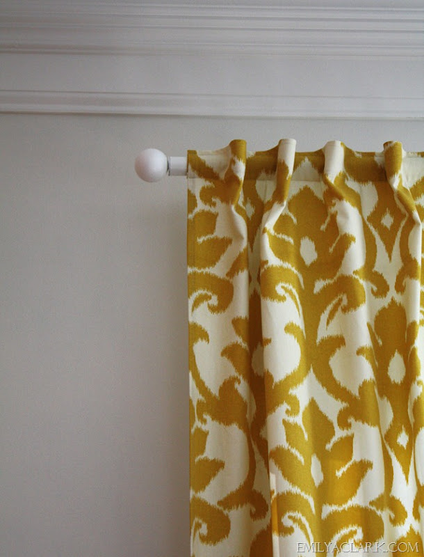 how to hang curtains in bay window