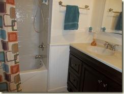 White Bathroom 003