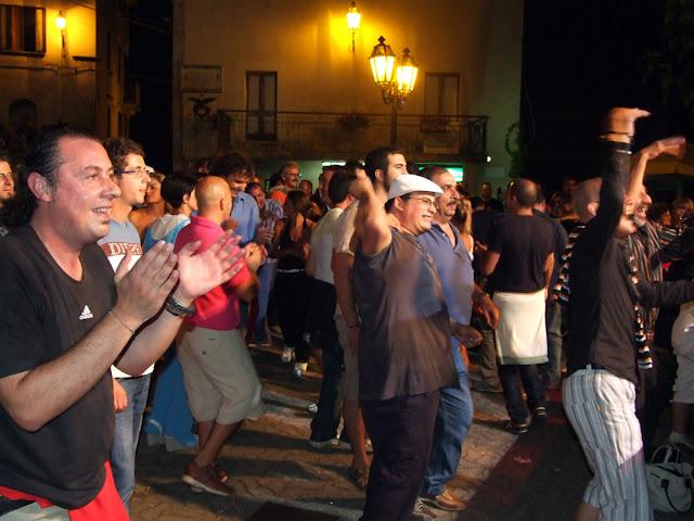 scigliano_live_6_20101009_1693224118.jpg