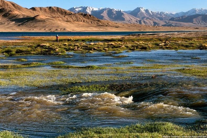 lake-karakul-2