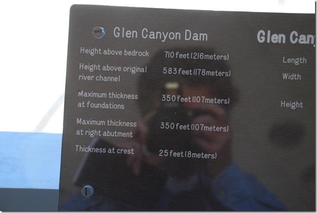 10-31-11 D Glen Canyon Dam NRA Visitor Center 010