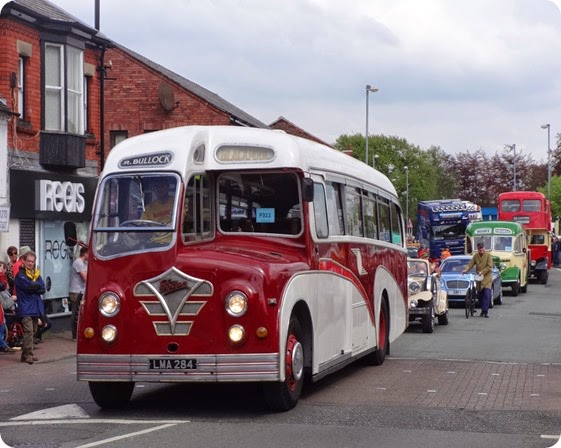 Foden bus at the front of the vehicle parade