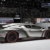 Lamborghini-Veneno-17.jpg