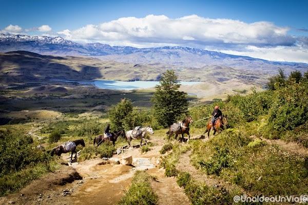 Puerto-Natales-Trekking-Torres-del-Paine-unaideaunviaje.com-15.jpg