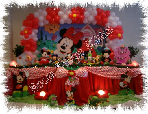 Pedacinhos de E.V.A: Molde do convite bolsinha da Minnie