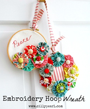 The Silly Pearl - Holiday Embroidery Hoop Wreath