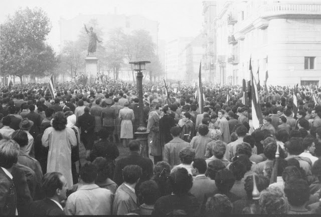 1956_Revol_2_The Poet Petofi's Call Stand Up Hungarian Is Being Recited.jpg