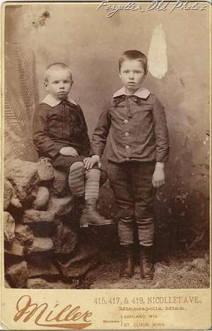 Cabinet Card Boys Minnesota  DL Antiques