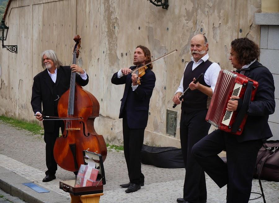 Музыканты на Градчанской площадт
