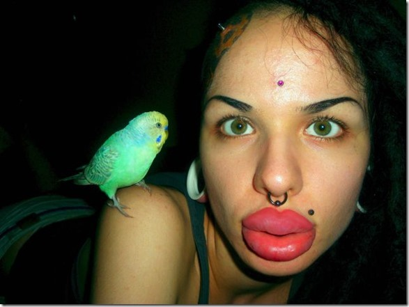 worlds-largest-lips-9