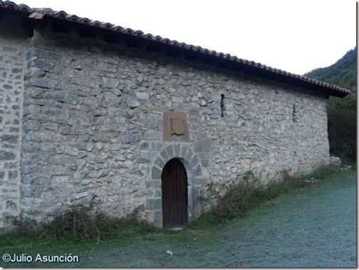 Ermita  de San Pedro de Usún