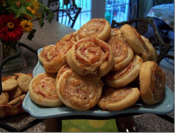 Ham and Cheese Pinwheels 004