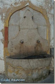 Fuente del siglo XVIII en Barx