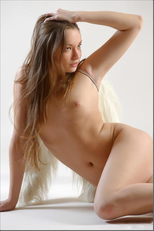 porta-ceu-02-mulher-nua-pelada-buceta-pussy0209