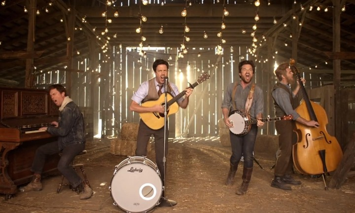 o-MUMFORD-AND-SONS-HOPELESS-WANDERER-VIDEO-facebook