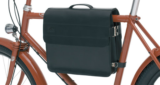 Such a stylish way to hold your things while riding.(Frame bag, retrovelo.com)