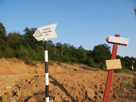 Pensiune in Cazanele Dunarii: La drum spre Ciucaru Mare