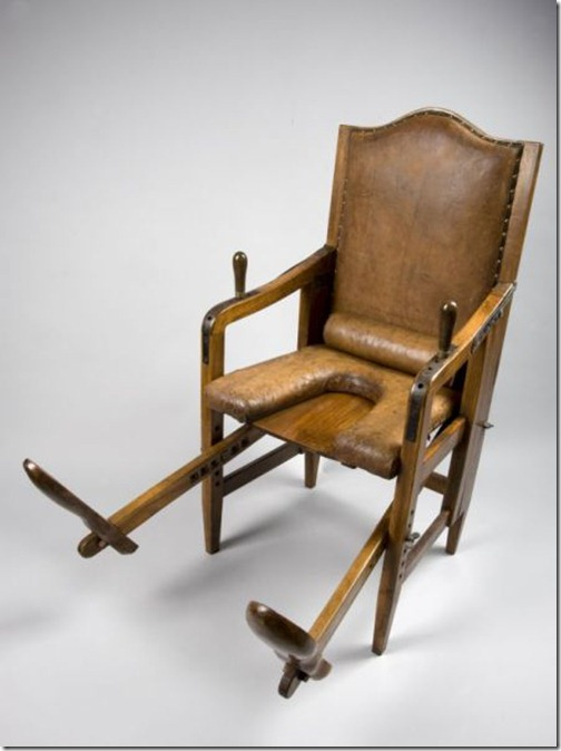 ancient_birthing_chairs_helped_women_during_childbirth_640_12