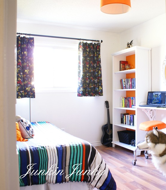 tween bedroom update at www.junkinjunky.blogspot.com