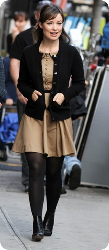 Olivia-Wilde-Looking-Cute-on-Set-in-NYC-653x1024