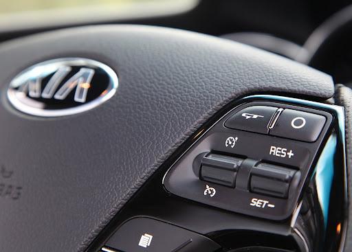 Yeni-Kia-Pro-Ceed-GT-2014-66.jpg