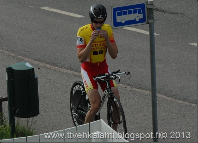 pyöräilijöitä 043
