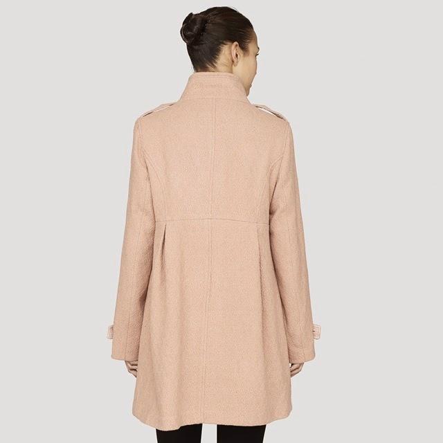 abrigo rosa Surkana