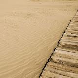 Tianshan - Chemin de bois en arrivant à la dune rugissante Mingshashan