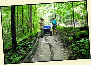 18b - Back on Battleship Rock Trail - Trail Crew working