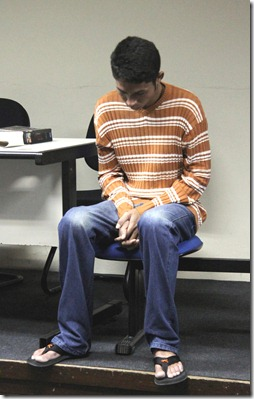 salomi compareceu ao juri e foi absolvido f