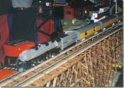01 Lionel Layout at the Lewis County Mall in January 1998