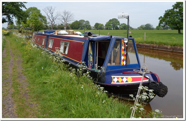 SAM_0461 Moored above Pierrepoint Locks