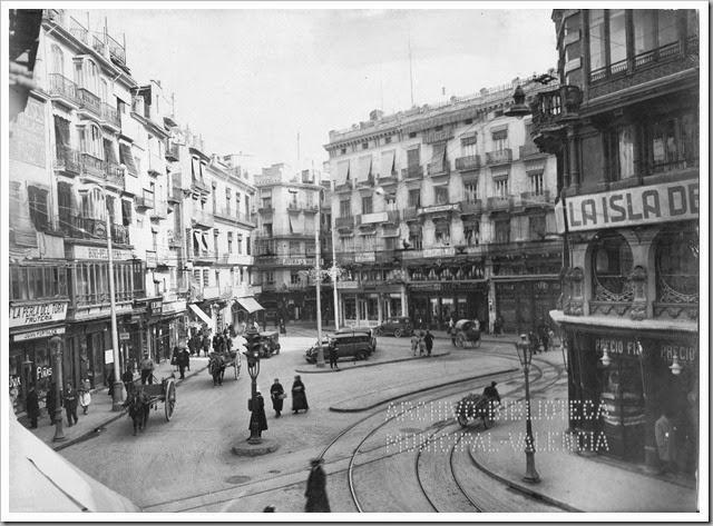I.12 Reina.2 enero 1931 semáforo y vías AHM