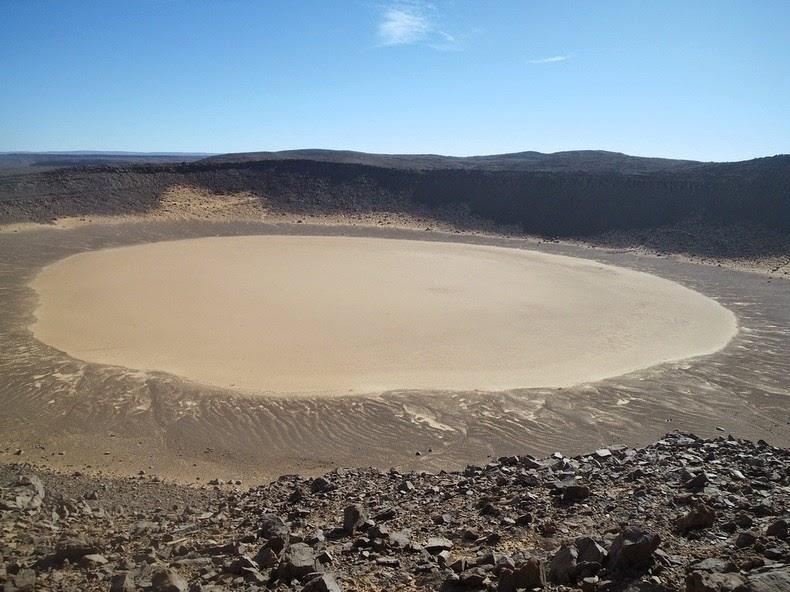 amguid-crater-3