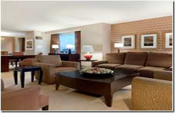 HOUCVHH_Hilton_Americas-Houston_accom_suites