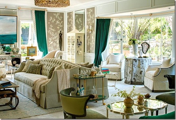 Emerald-Green-Curtains-In-An-Elegant-Living-Room