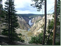 Day11Yellowstone Canyon waterfall
