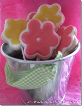 flower cookies pink
