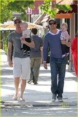 neil-patrick-harris-david-burtka-twins-fathers-day-12