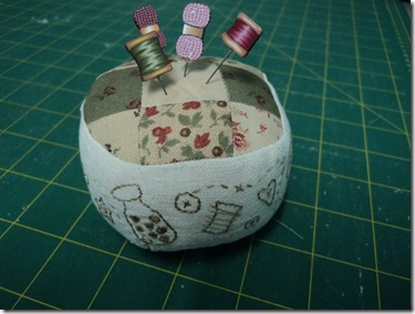 Sal Pincushion 2013 (1)