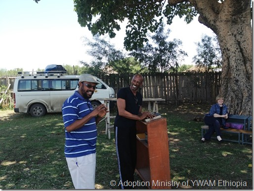 Marc & Abebe - Gutumuma-a