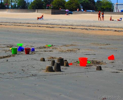 2. Sand castles-kab