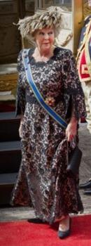 Beatrix - Outfit